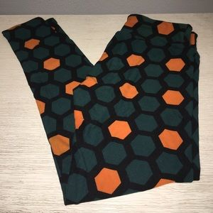 BRAND NEW! LulaRoe Leggings